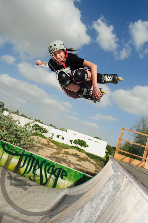 Half pipe jump