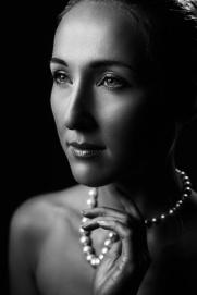 Pearl neckless B&W portrait